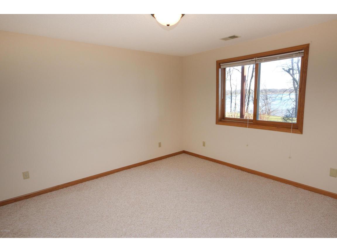 LL Bedroom 2