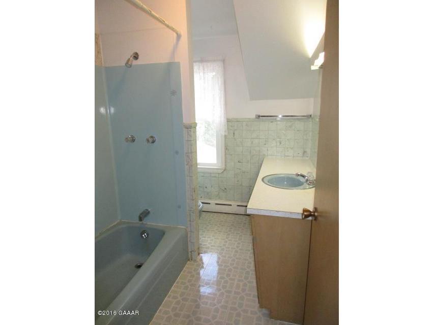 Bath, Full, UL