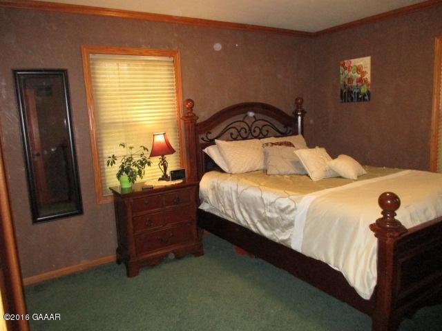 Owner's bedroom, ML