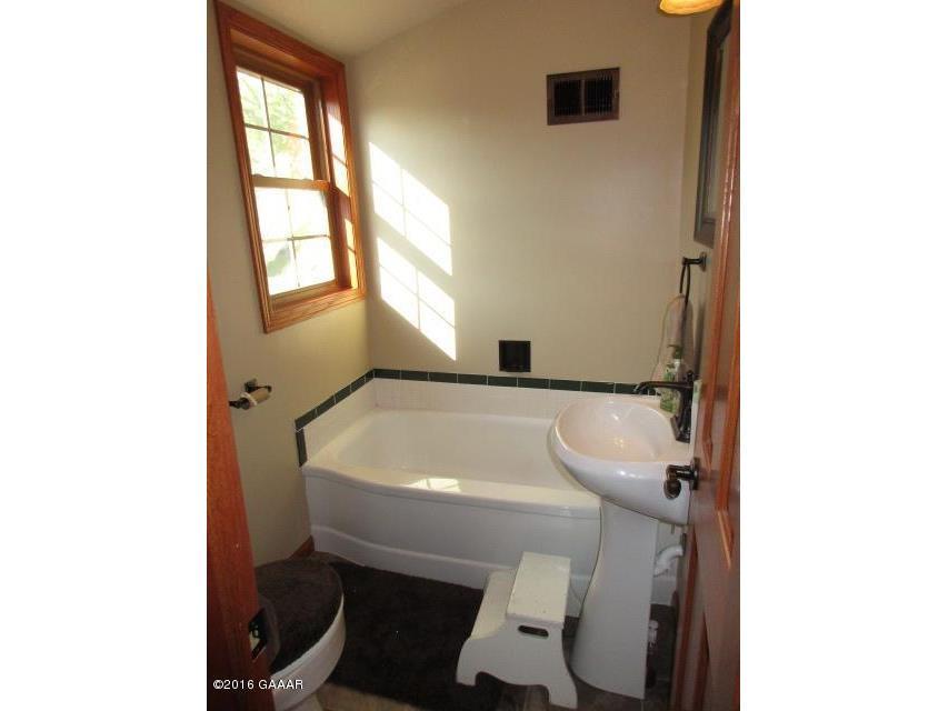 Bathroom, UL, Full