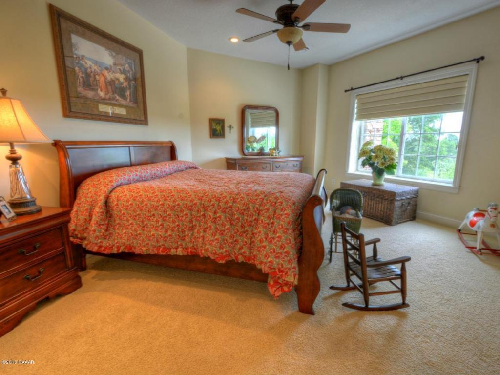 Level 2 : Bedroom 2