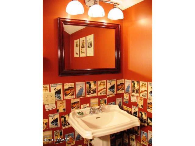 Upper Shared Bathroom