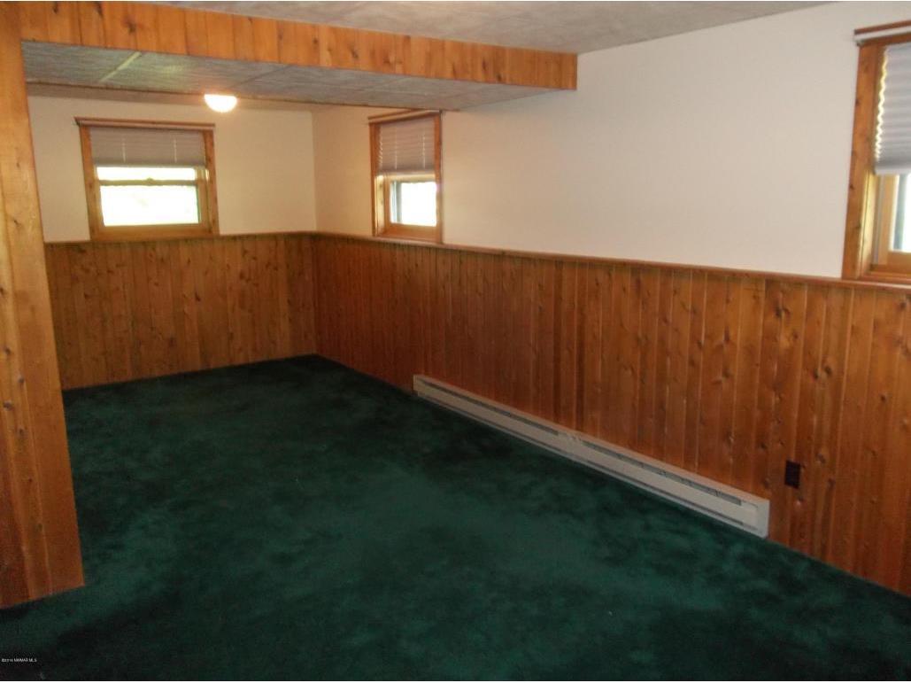 115appletreecourtlowerbedroom