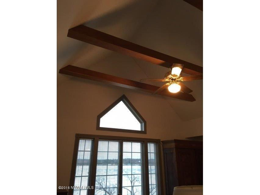 Picture of beamed ceiling