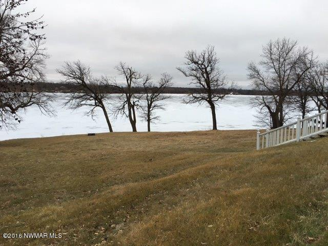 Picture of lake from porch