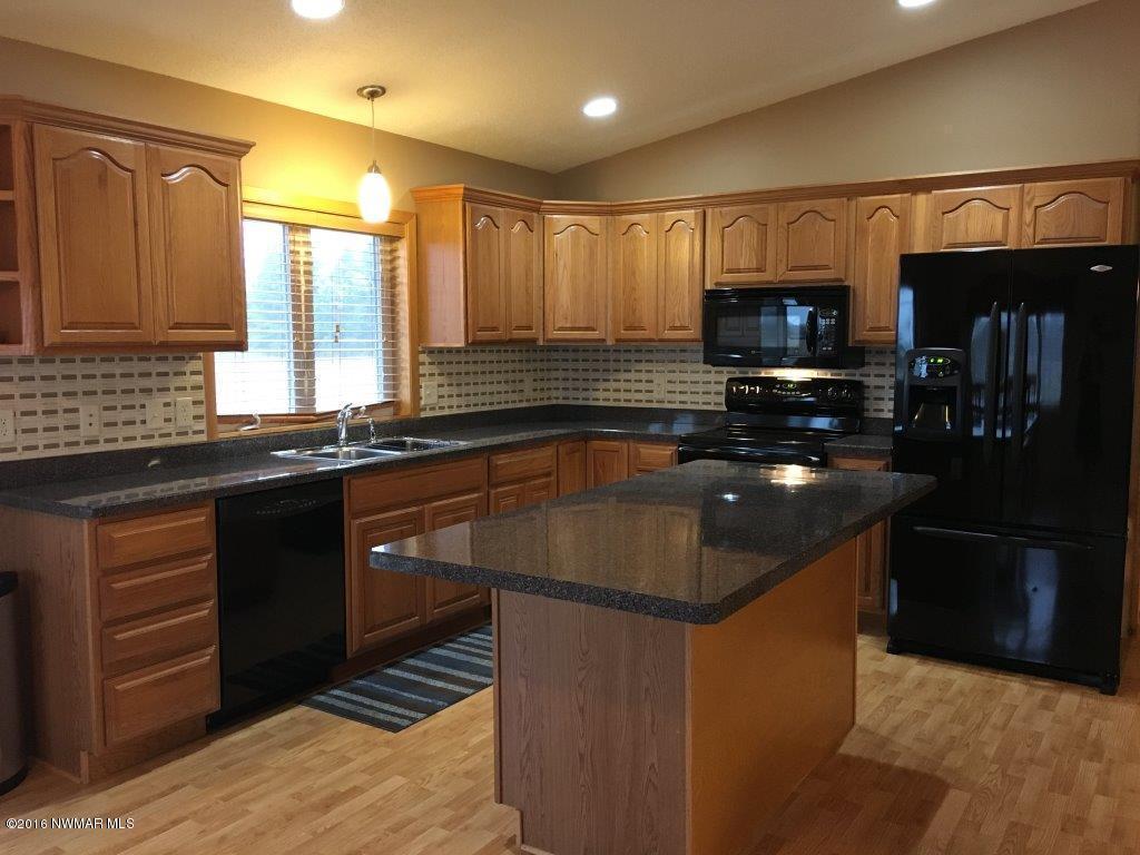 Interior - Kitchen 4