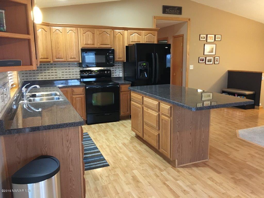 Interior - Kitchen 7