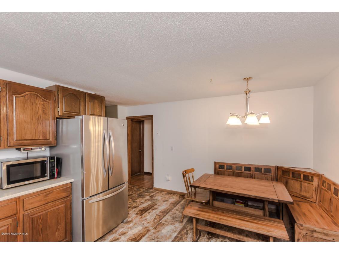 319 Jackson Ave Crookston MN-large-005-3