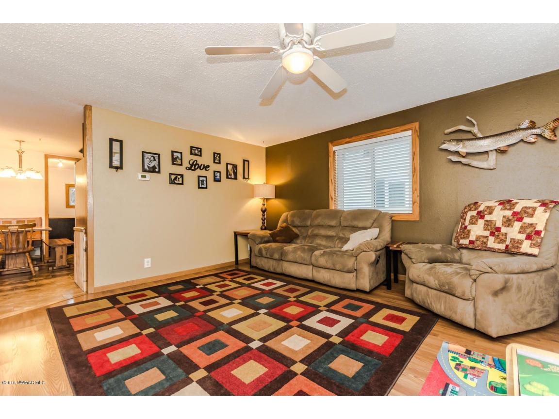 319 Jackson Ave Crookston MN-large-007-2