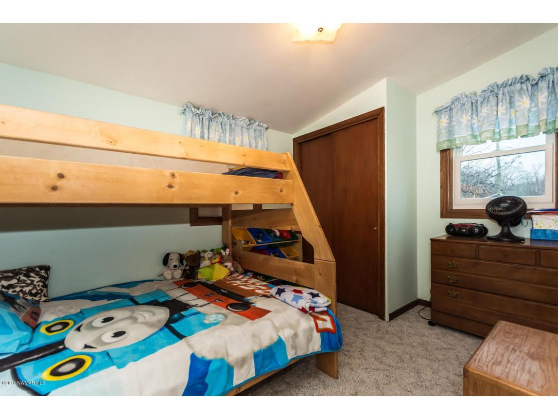319 Jackson Ave Crookston MN-large-009-5