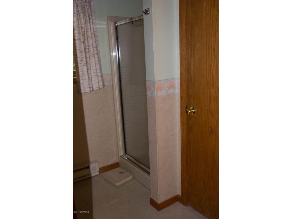 main floor bath shower