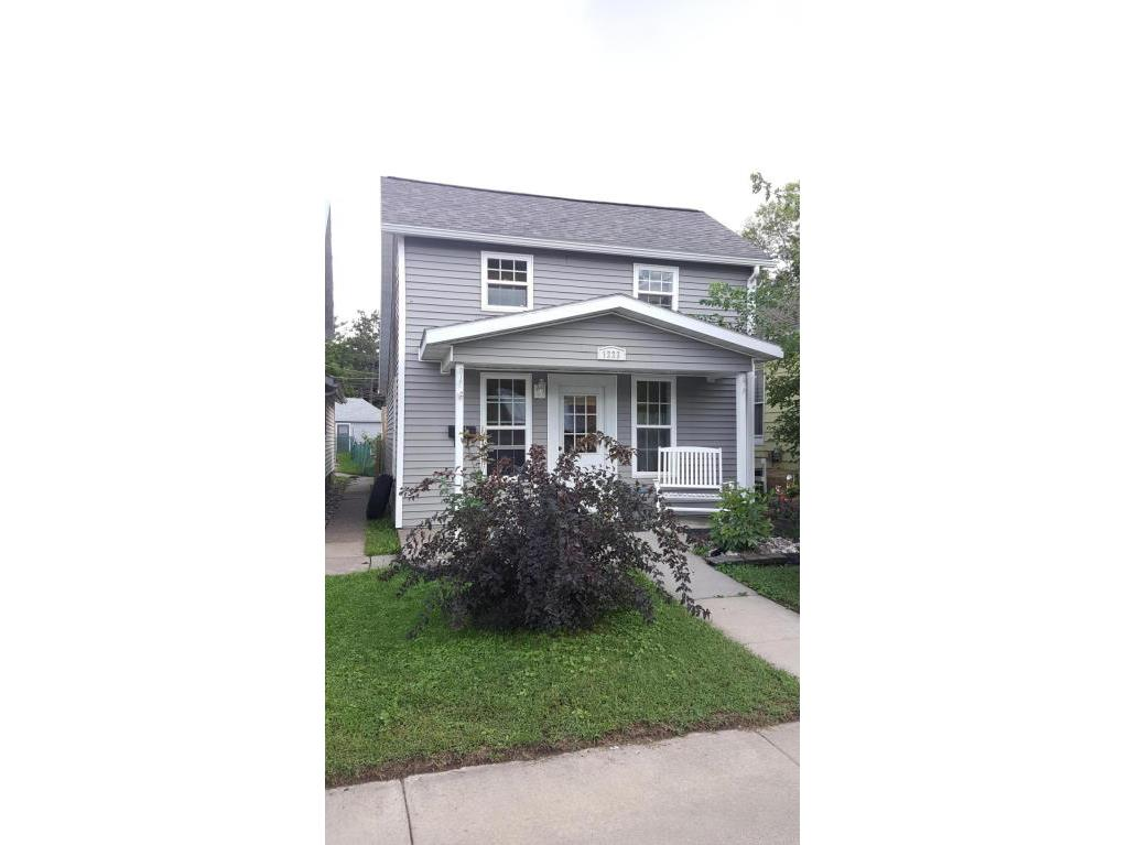 1223 S 4th front