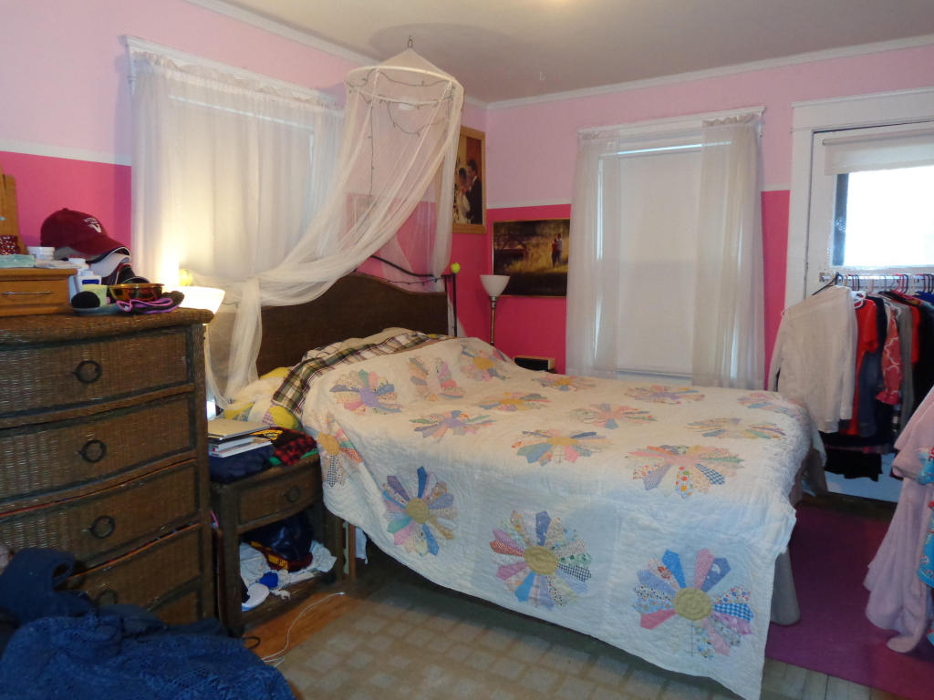 Bedroom #2 (upper)