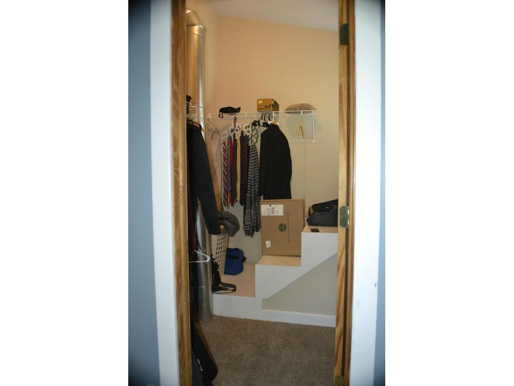 121 closet