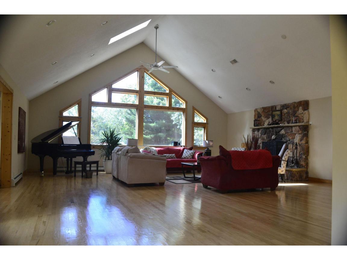 107 livingroom 1