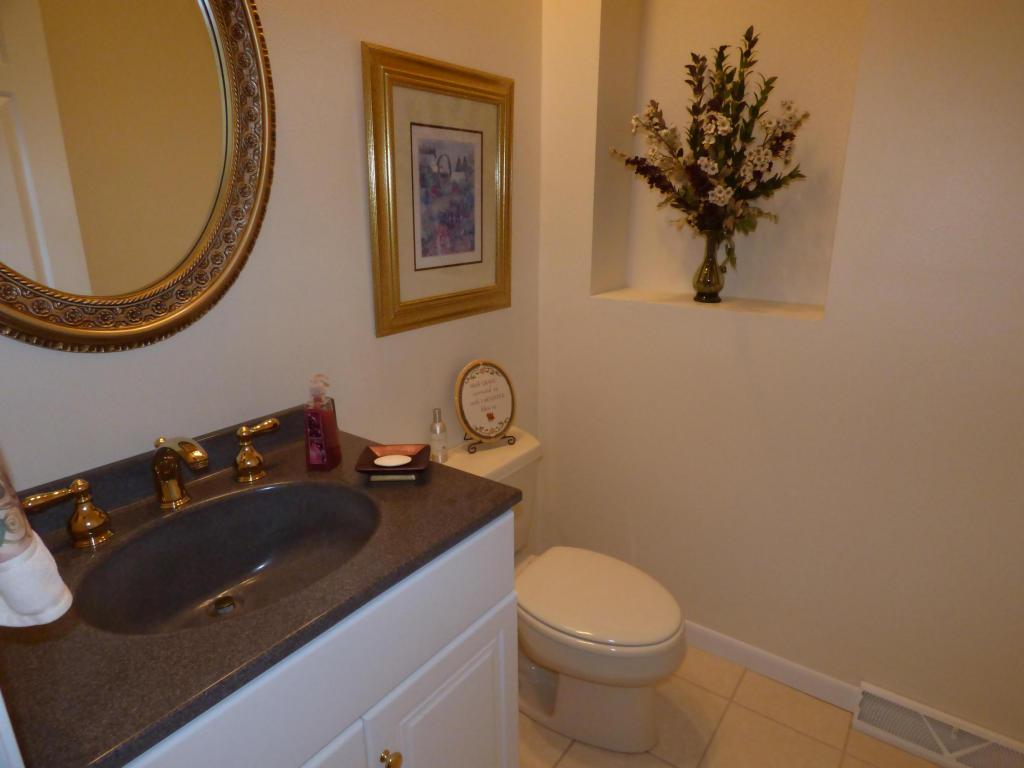 Bedroom Full Bath