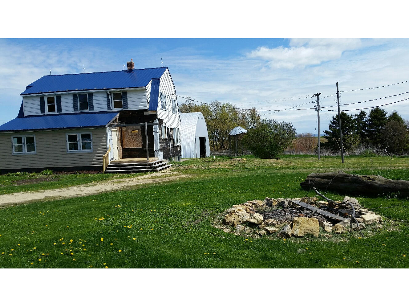 Hannon SW view with fire pit