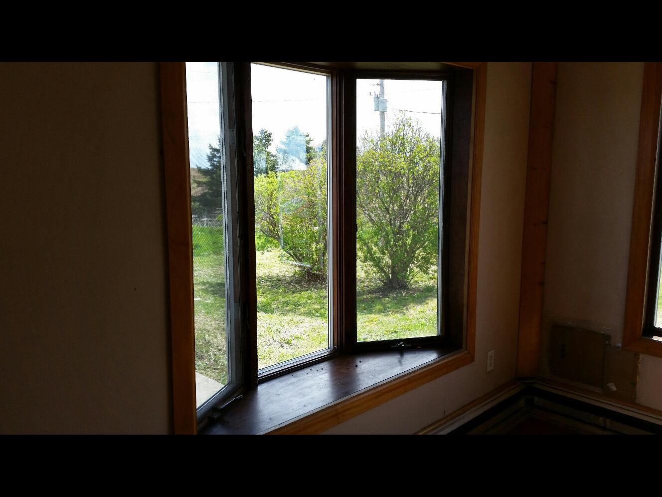 Hannon Bay Window