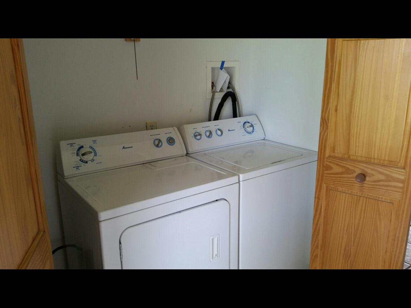 Hannon Laundry area