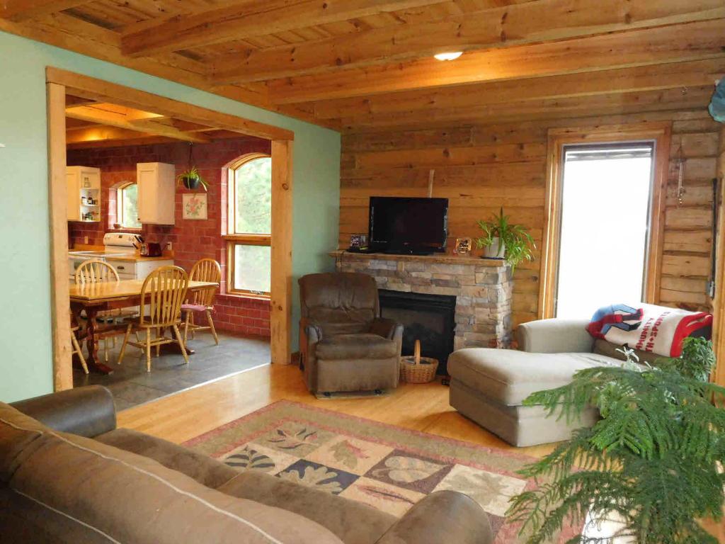 Main Photo Kitchen Living Room