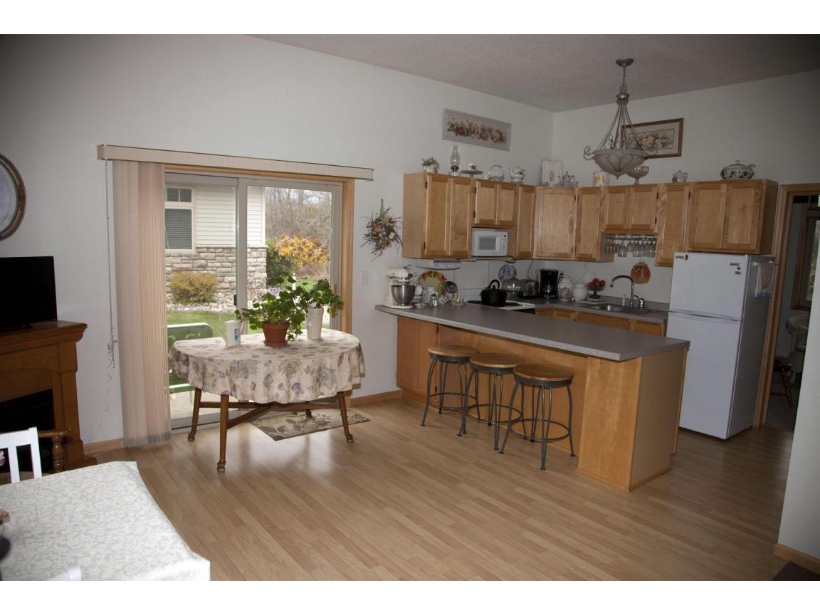 040 guest quarters