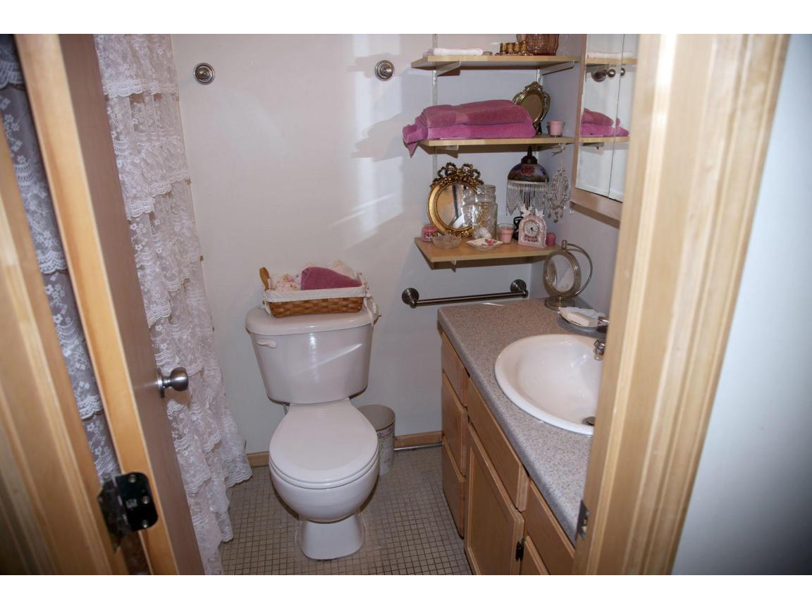 041 bath guest quarters