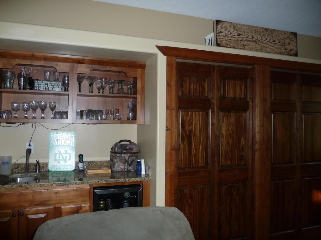Living Room w/Bar