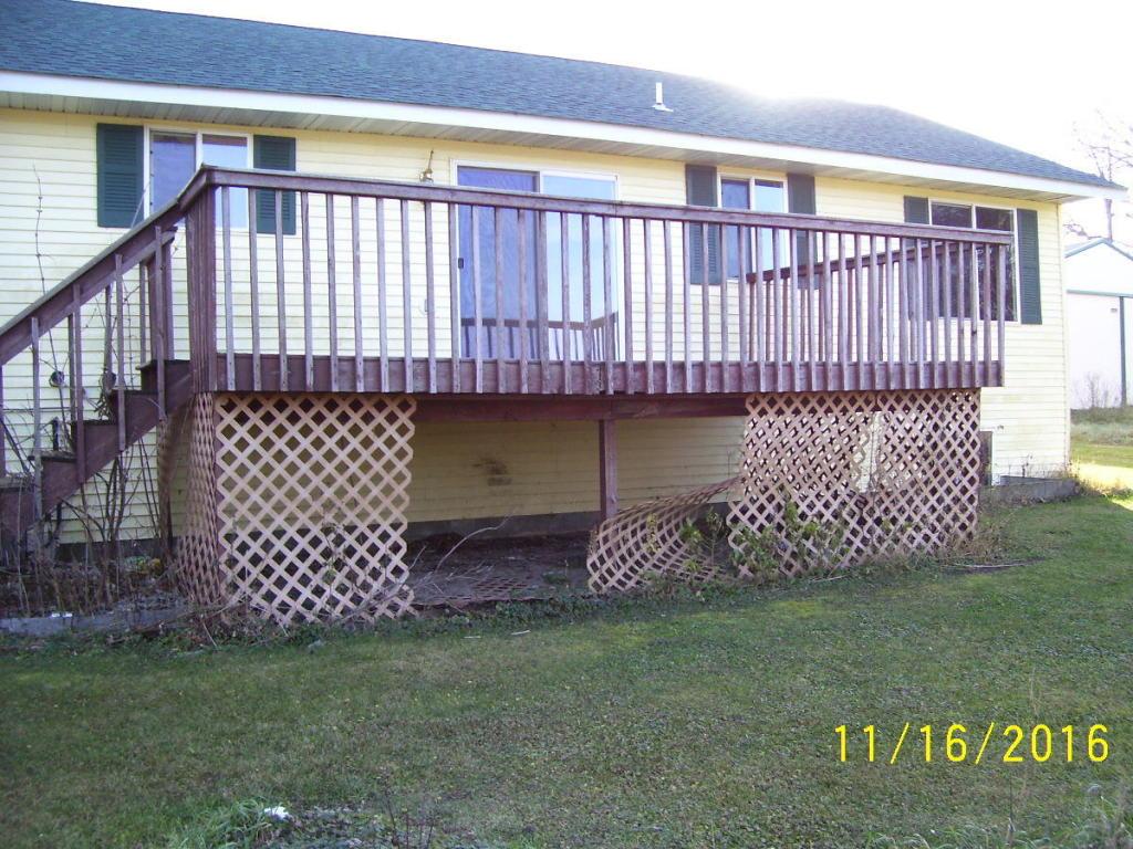 640 1st Street SW Richville 11 16 006