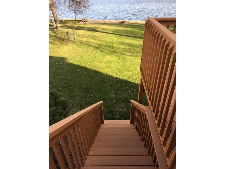 Deck to Lakeside