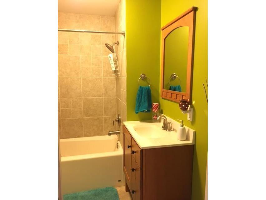 #3 BA Tub & Shower