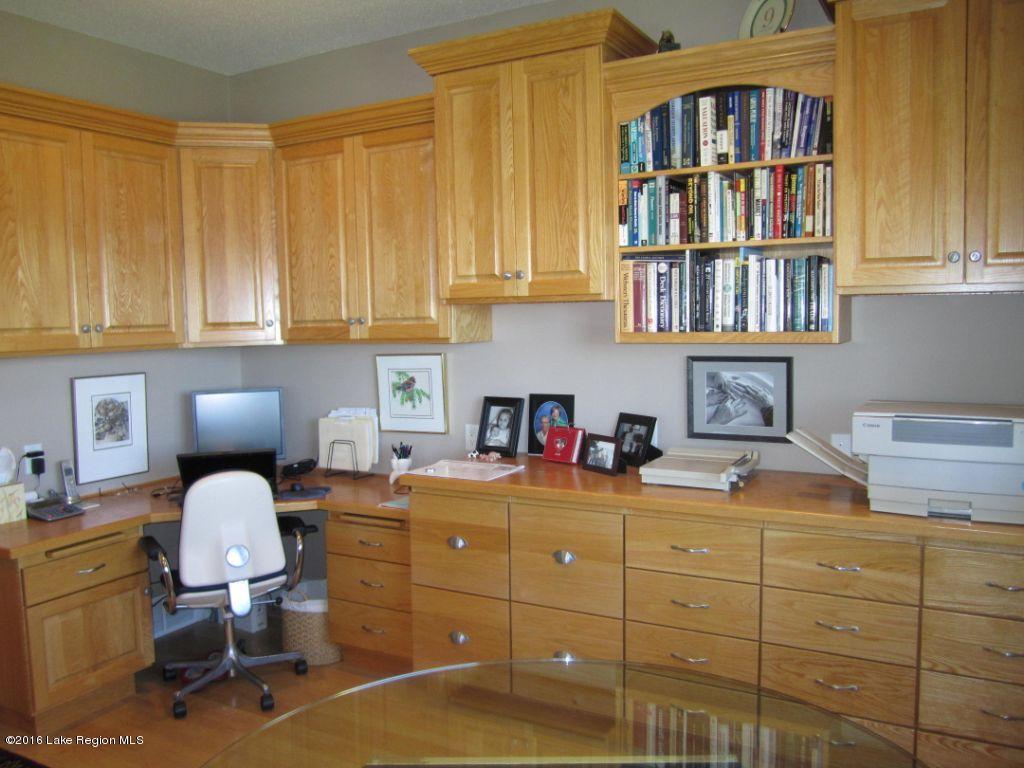 Office-Den (2)