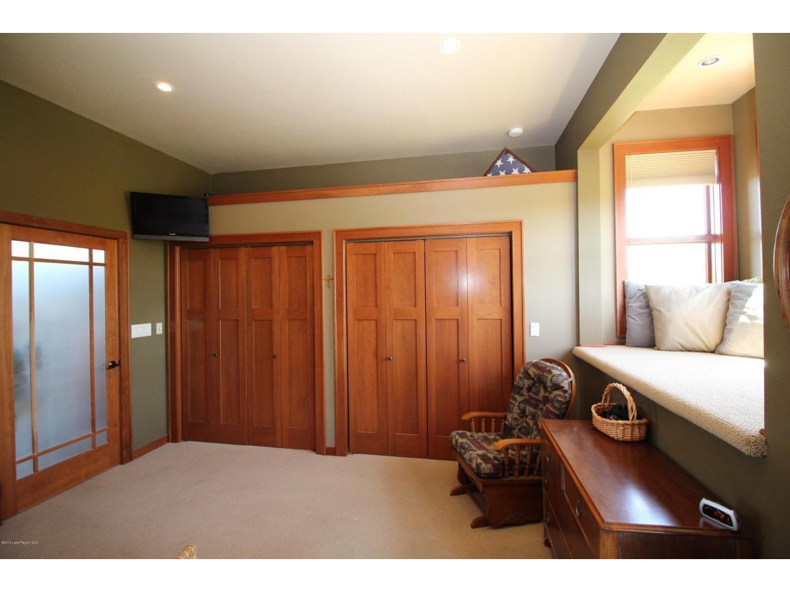 double door closets 02