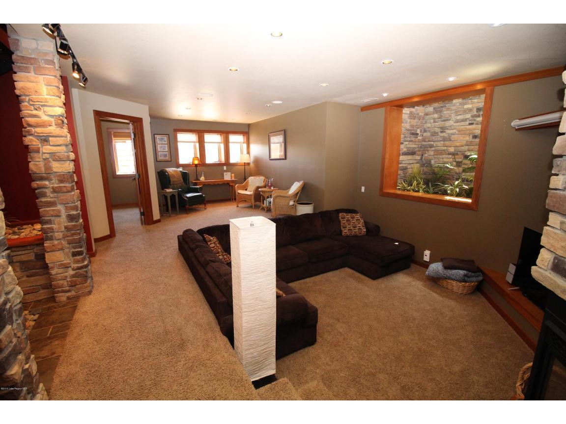 family room 03