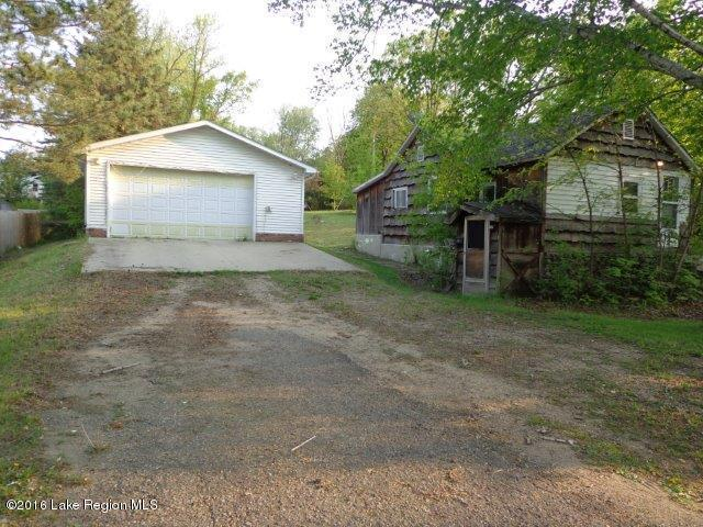 view of lot and garage