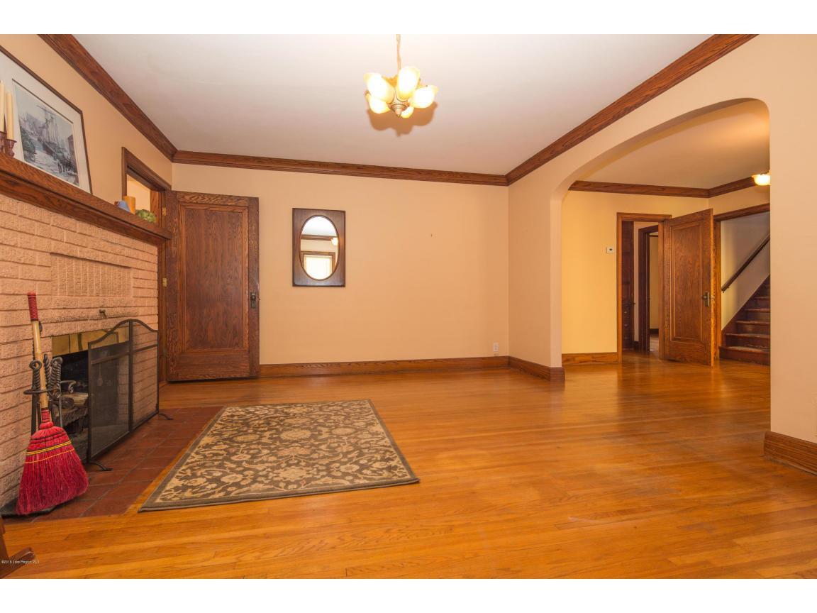 14 - Living Room