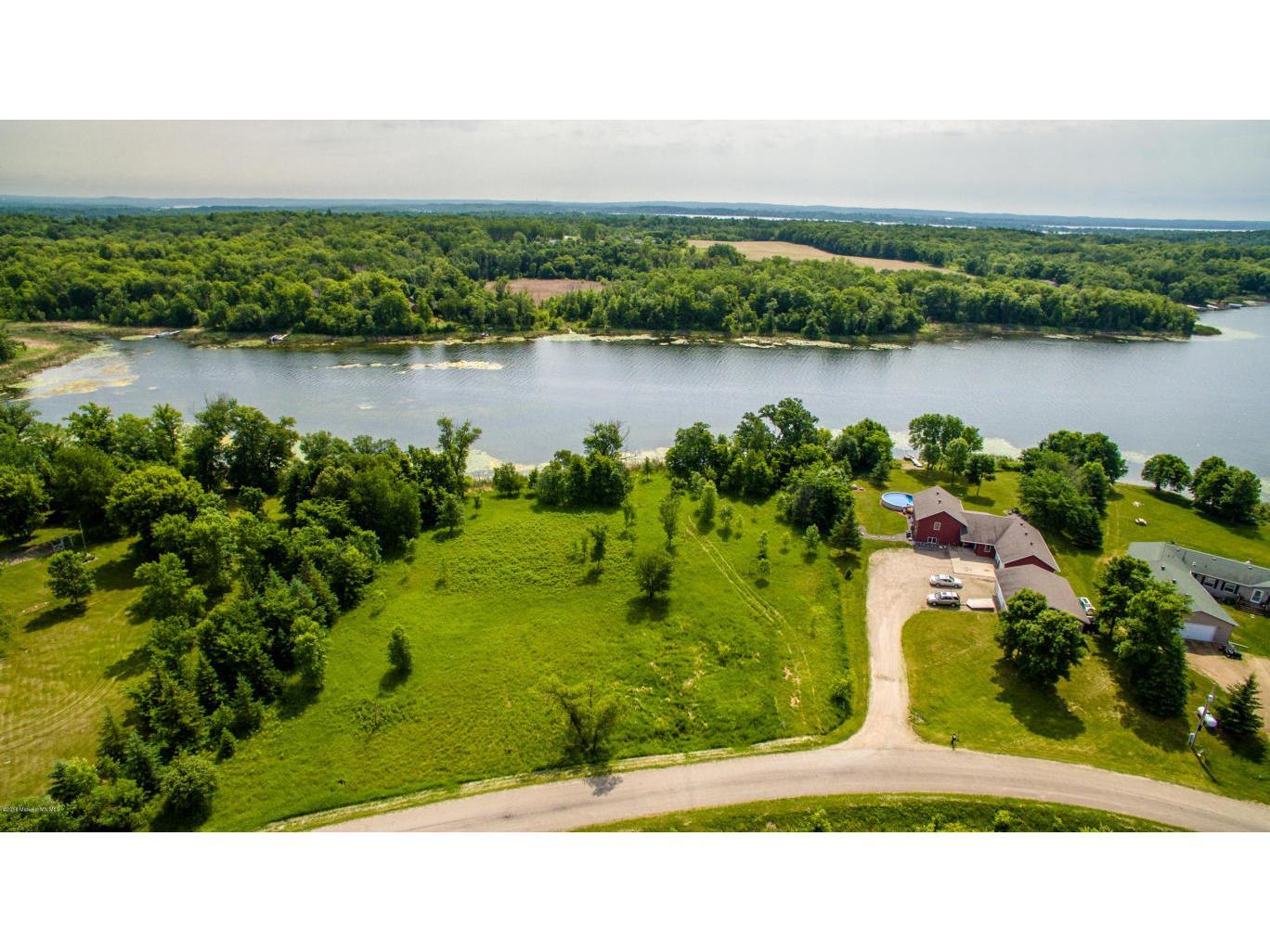 Detroit Lakes Property Search