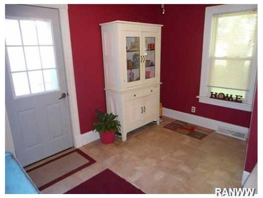Entry/Foyer. Remolded back mud/entry