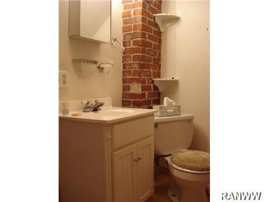Bathroom. Upper Level
