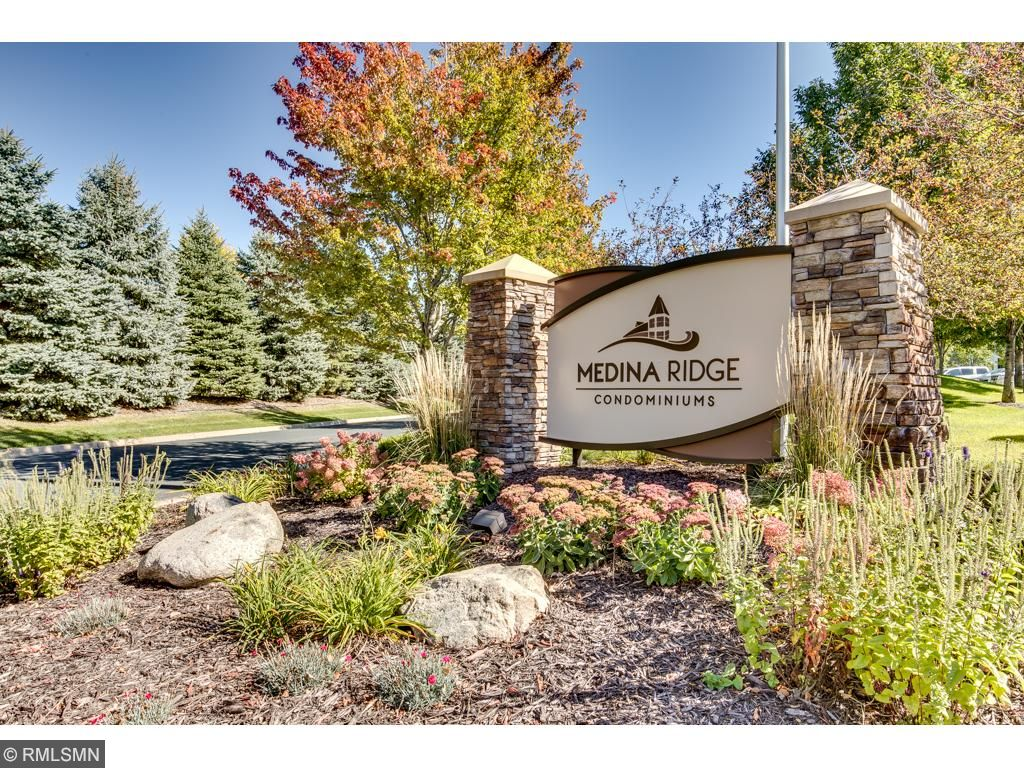Medina Ridge Luxury Condominiums