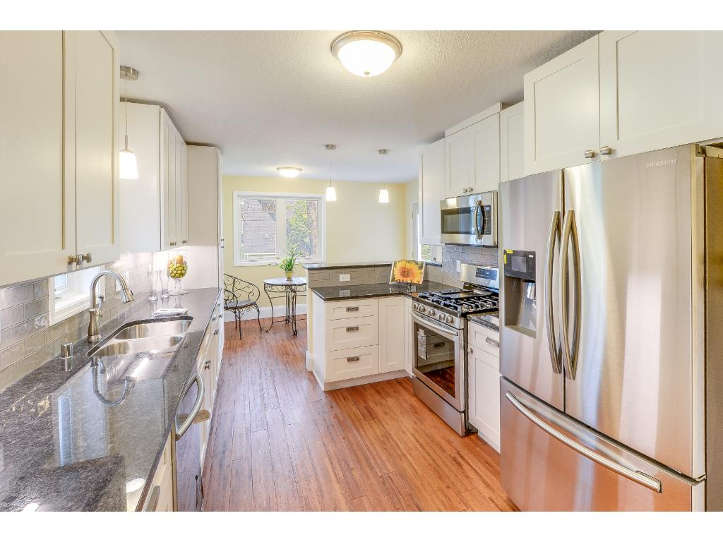 Stunning new kitchen.