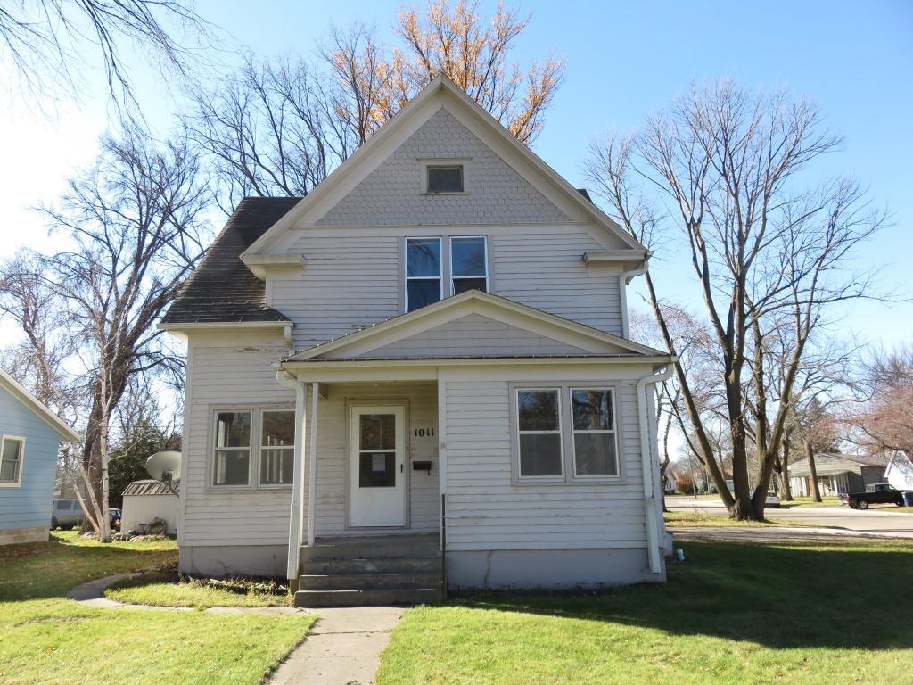 1011 nevada avenue morris mn 56267 mls 4781259 for Morris home