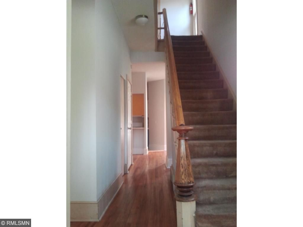 Front 3-Bedroom Unit - Staircase