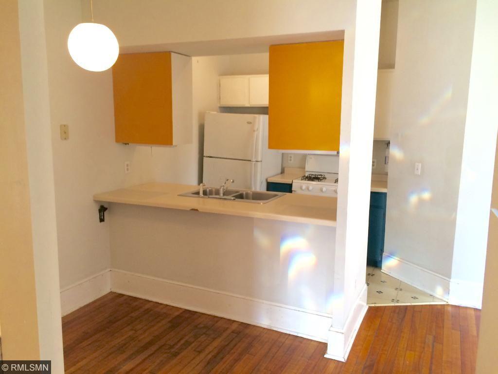 Front 3-Bedroom Unit - Kitchen
