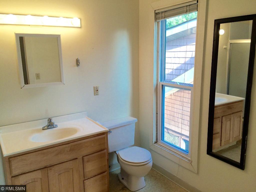 Front 3-Bedroom Unit - Bathroom