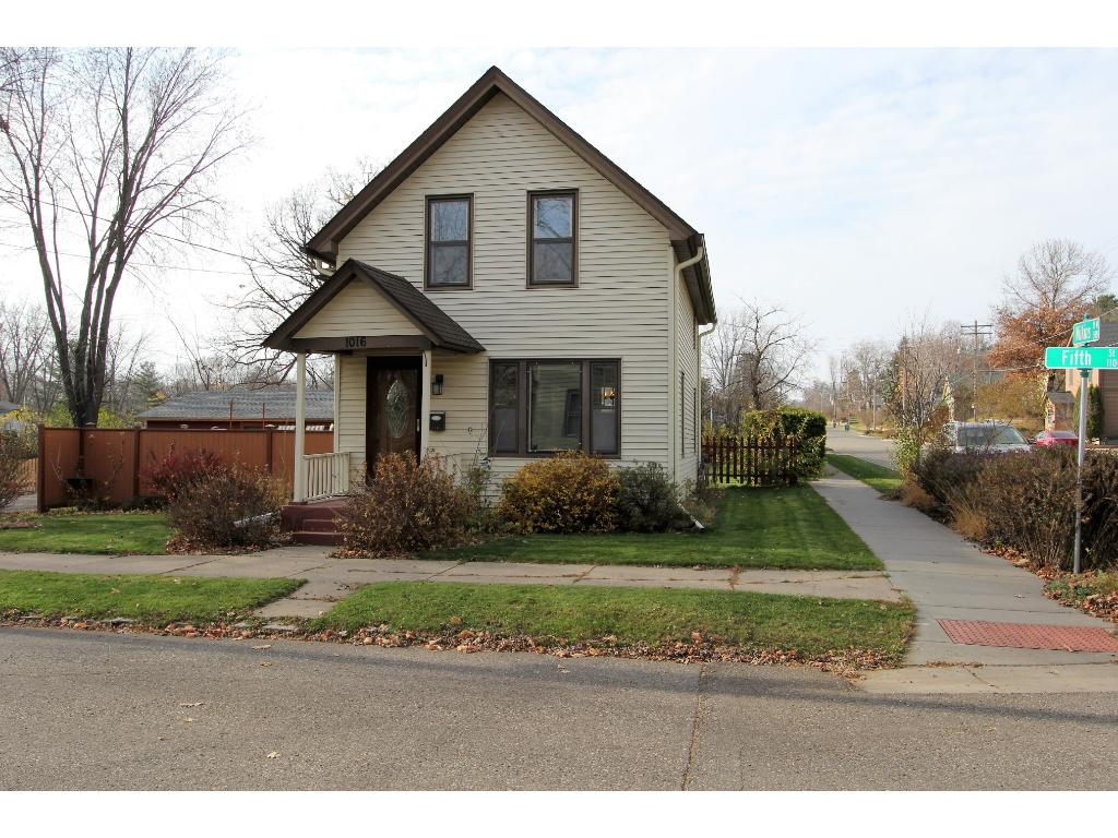 Lovely 1.5 story home on fenced in yard with 2 car garage and bonus room.