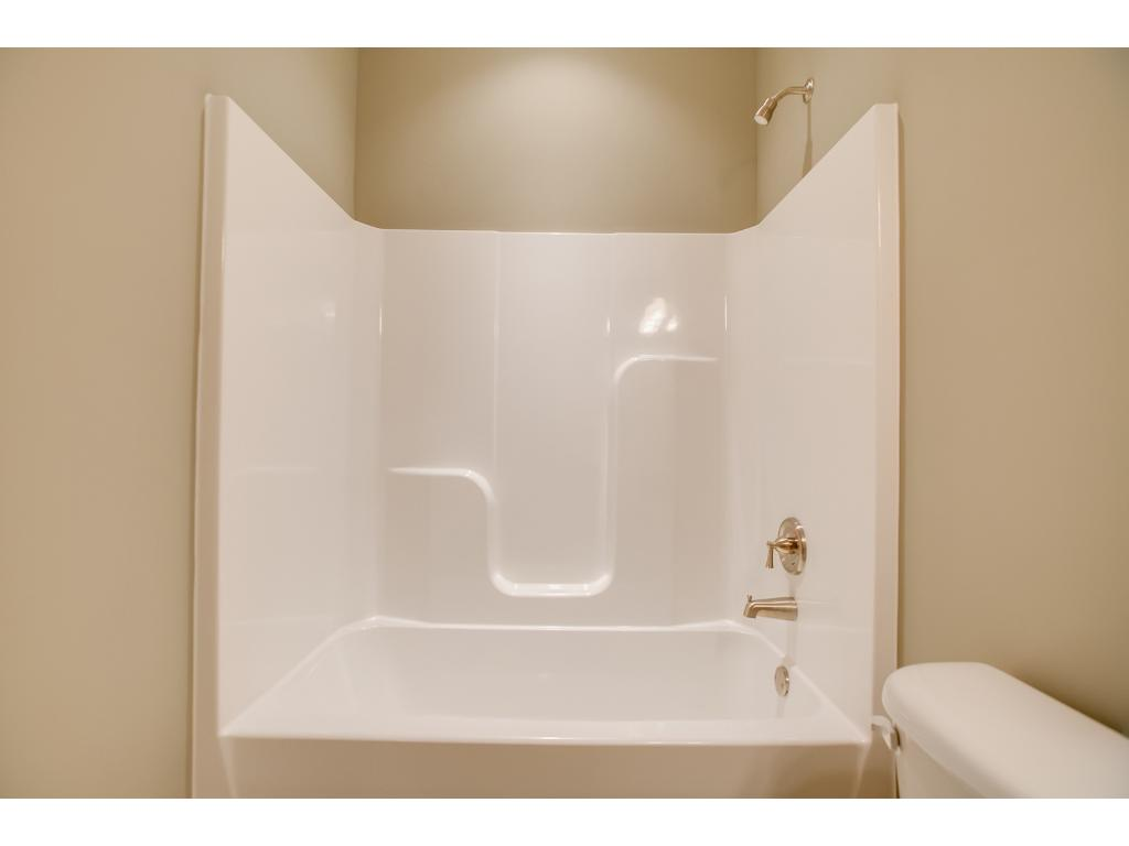 Full bath that serves as guest bath