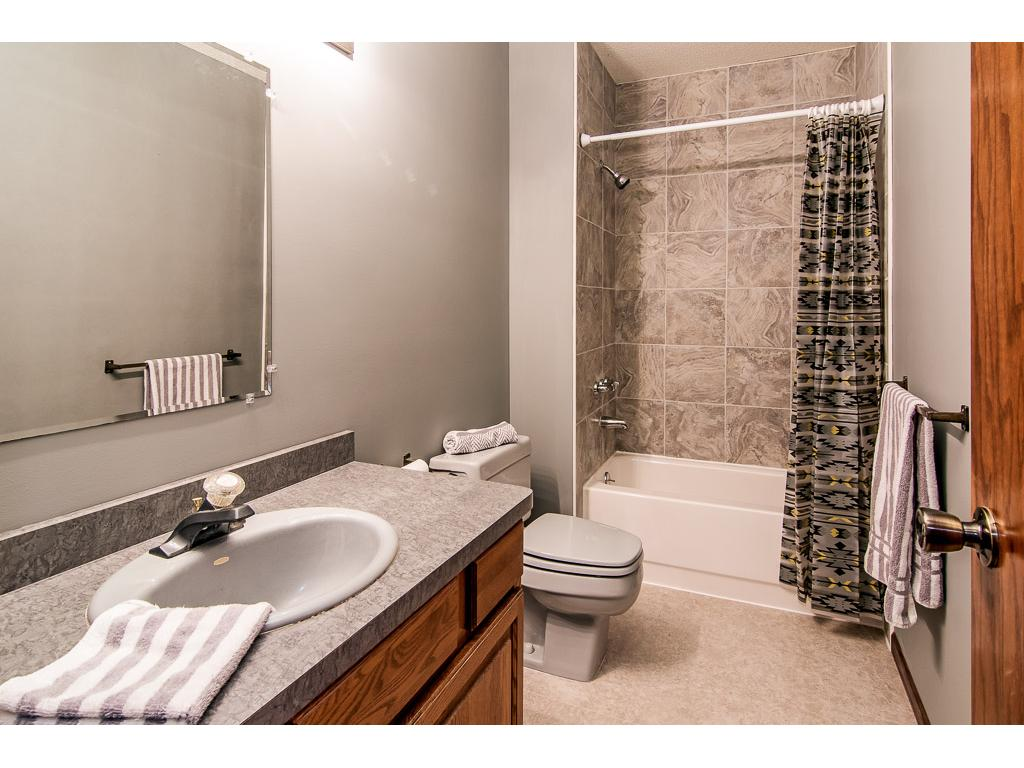Remodeled full bath!