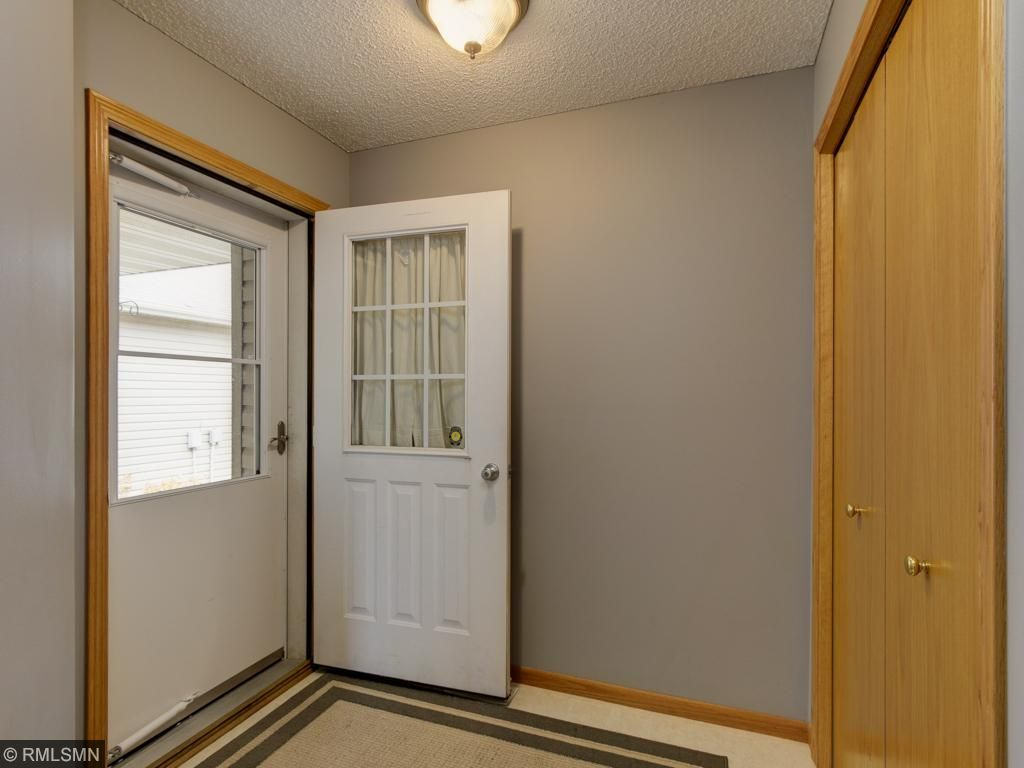 Spacious entry with double closet