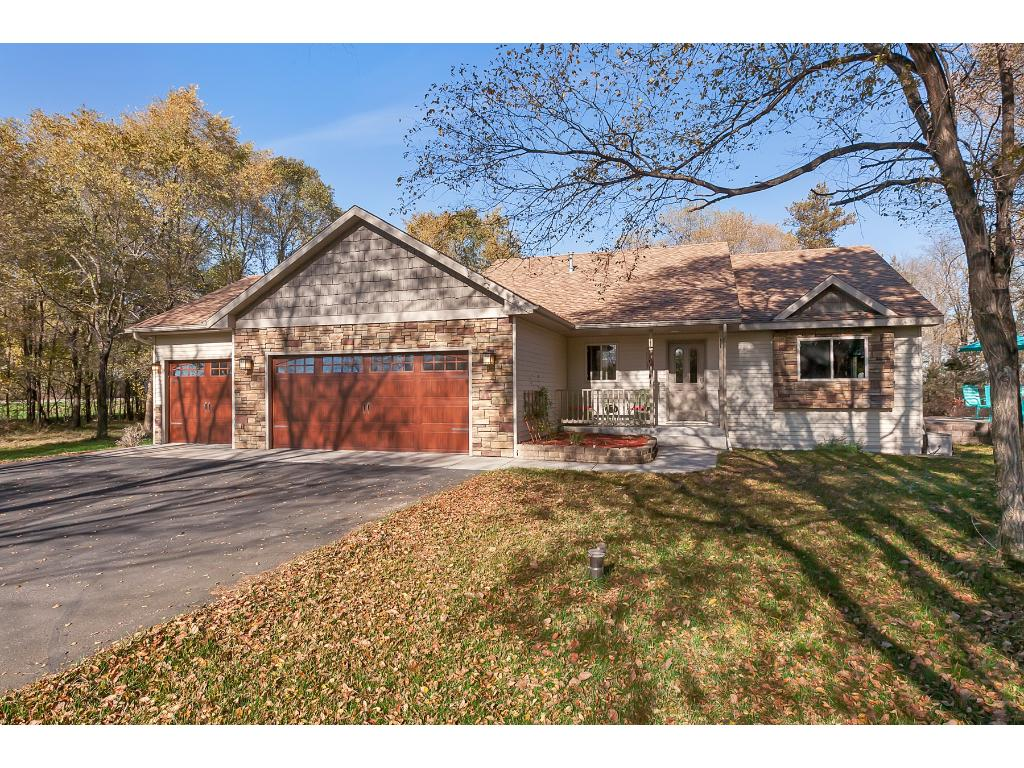 Welcome home to 105 134th Street NW, Rice.  This amazing Ranch style house is sure to impress and you'll be proud to call it your new home!