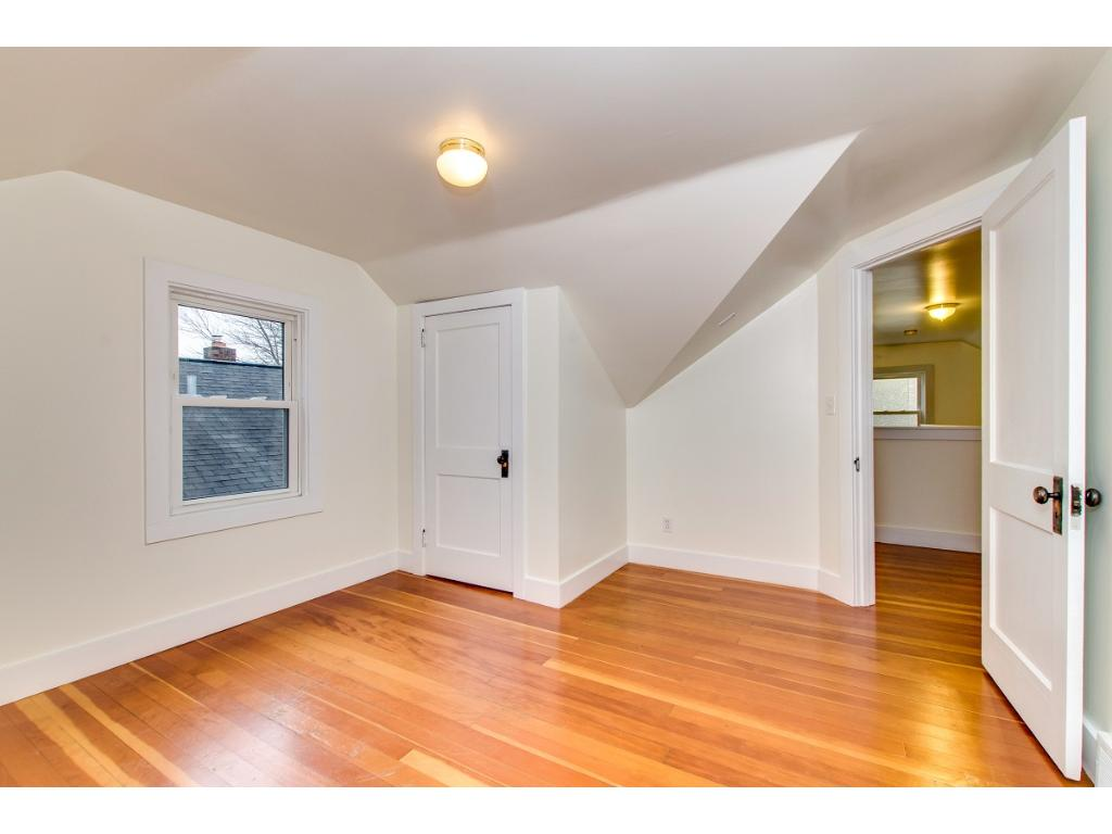 Nicely-sized 3rd bedroom located on 2nd floor!